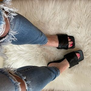 🆕 Black Quilted Square Toe Flat Sandals